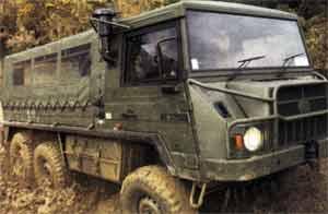 Pinzgauer 718 6x6 light tactical vehicle