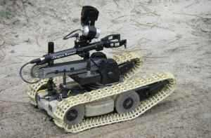 QinetiQ's Dragon Runner robot