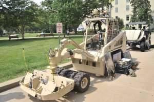 Конфигурация Minotaur с катковым минным тралом была развернута в Афганистане