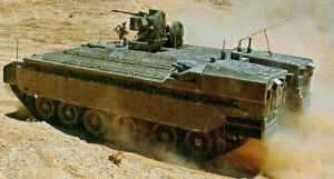 Тяжелый израильский БТР Namer поступает в производство