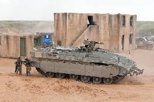 ЦАХАЛ проводит испытания бронетранспортера Namer