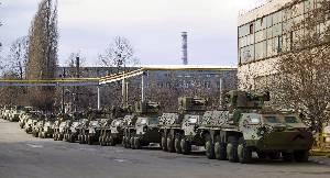 Украинские предприятия сдали иракской инспекции вторую партию бронированных машин БТР-4