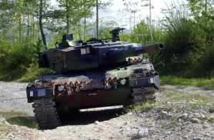 Швейцария продает излишки танков Leopard-2 немецкому производителю
