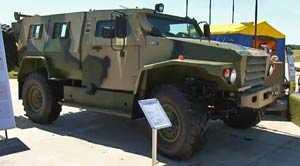 ВПК демонстрирует новый бронеавтомобиль Волк во время форума «Технологии в машиностроении-2010»